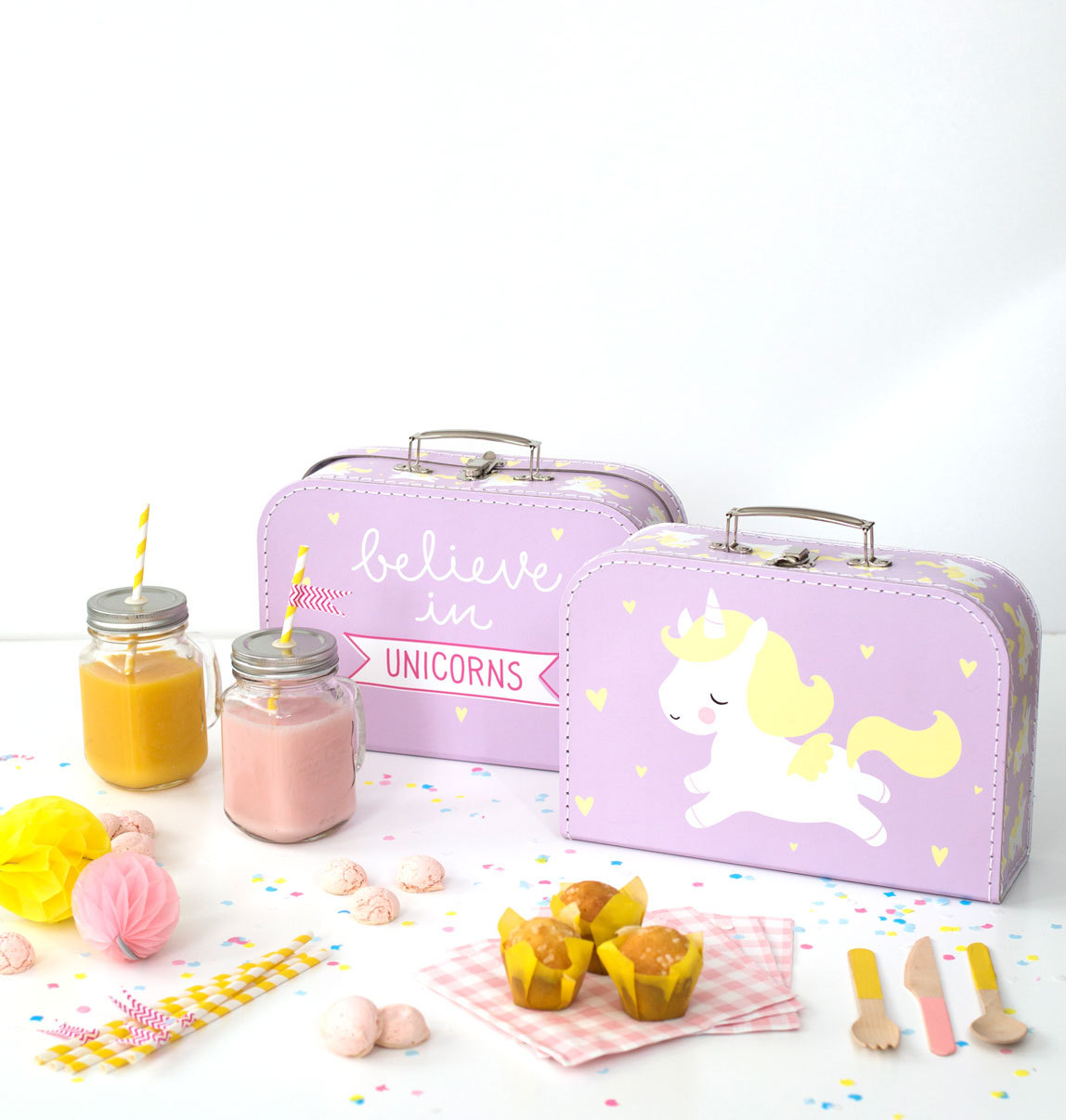 a-little-lovely-company-SCUNPI01-5-LR_suitcase_unicorn